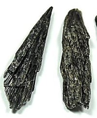 60g Black Kyanite Vernon