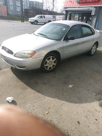 2004 Ford Taurus SE Suitland-Silver Hill