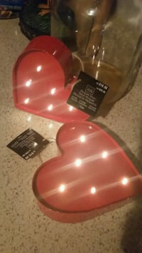 2 NEW battery operated heart marquees  Orlando, 32808