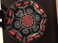 round black and red floral ceramic plate Delta, V4C