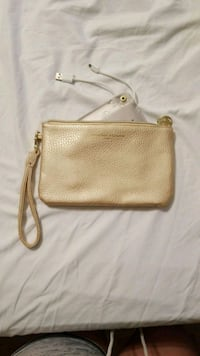 Wallet with phone charger 958 mi