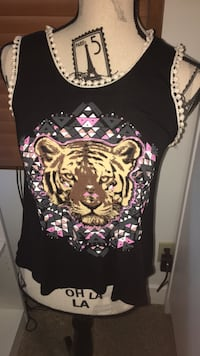 Lion black and pink tank with Pom Pom trim  Abbotsford, V2T 7Y3
