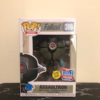 "Assaultron ""NYCC Glow In the Dark"" MINT Mississauga, L5M 5B5"