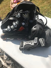 Size 9 Men Rollerblades and More