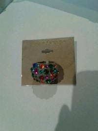 Ring with lots of different coloured stones Kitchener, N2K 4J7