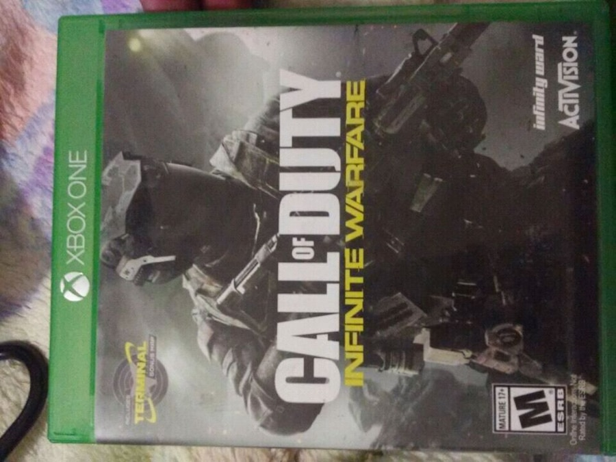 Photo Xbox One Call of Duty Infinite Warfare case
