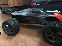 Traxxas Erevo brushless Lipo with batteries charger & upgrades  Terre Hill, 17581