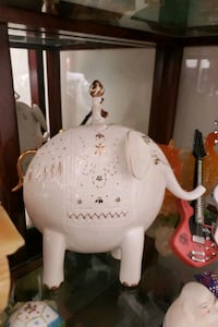 Porcelain Elephant - Collectable from Polland  Brampton, L6Y 4W6