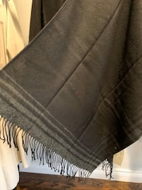 New 2-way scarf/stole Richmond Hill, L4B 1W2