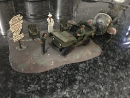 Mash scene revel model kit with instructions