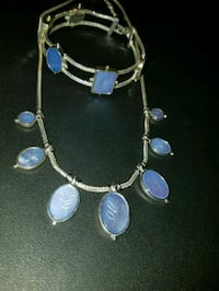 Blue pearlesaque accented choker and bracelet Abilene, 79603