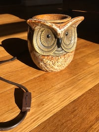 Brown ceramic owl candle diffuser Fairview, 17070