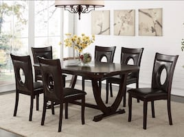 NEW IN BOX !! ESPRESSO TABLE AND 6 CHAIRS