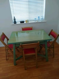 Vintage table and chairs Thousand Oaks, 91320