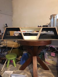 brown wooden desk with hutch New Carlisle, 45424