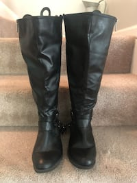 Avenue CloudWalker Boots wide calf 8 WW Woodbridge, 22192