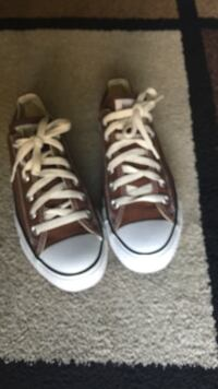 converse all star like new used one time size 5 mens 7 womens brown