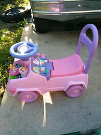 Toddlers car,with working piano and horn