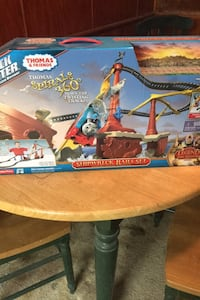 Thomas track master set .. no train included. Played with only once. Glen Burnie, 21060