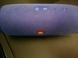 JBL water proof speaker