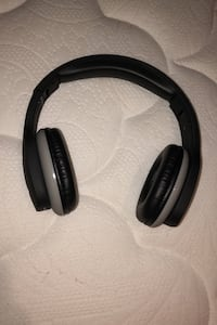 Bluetooth Headphones Toronto, M1W 2S8
